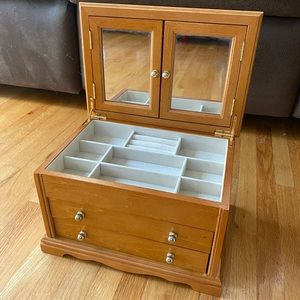 Wooden Jewelry Makeup Box With Mirrors & drawers
